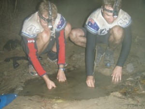 luckily we find a mud puddle with a tiny flow of water where we can fill up our bladders (slowly)