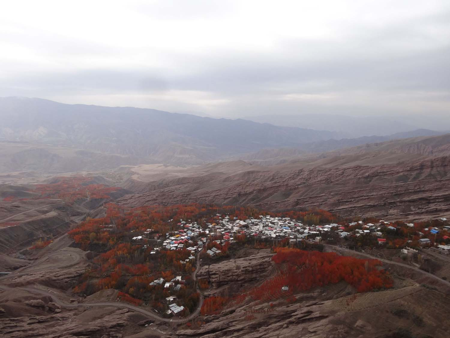 autumn colours in Alamut