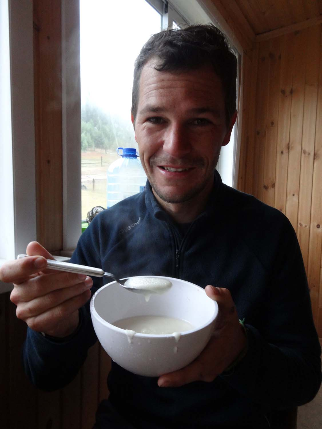 Jon eats porridge (kasha) for the first time in 10 years and decides it's not so bad after all...