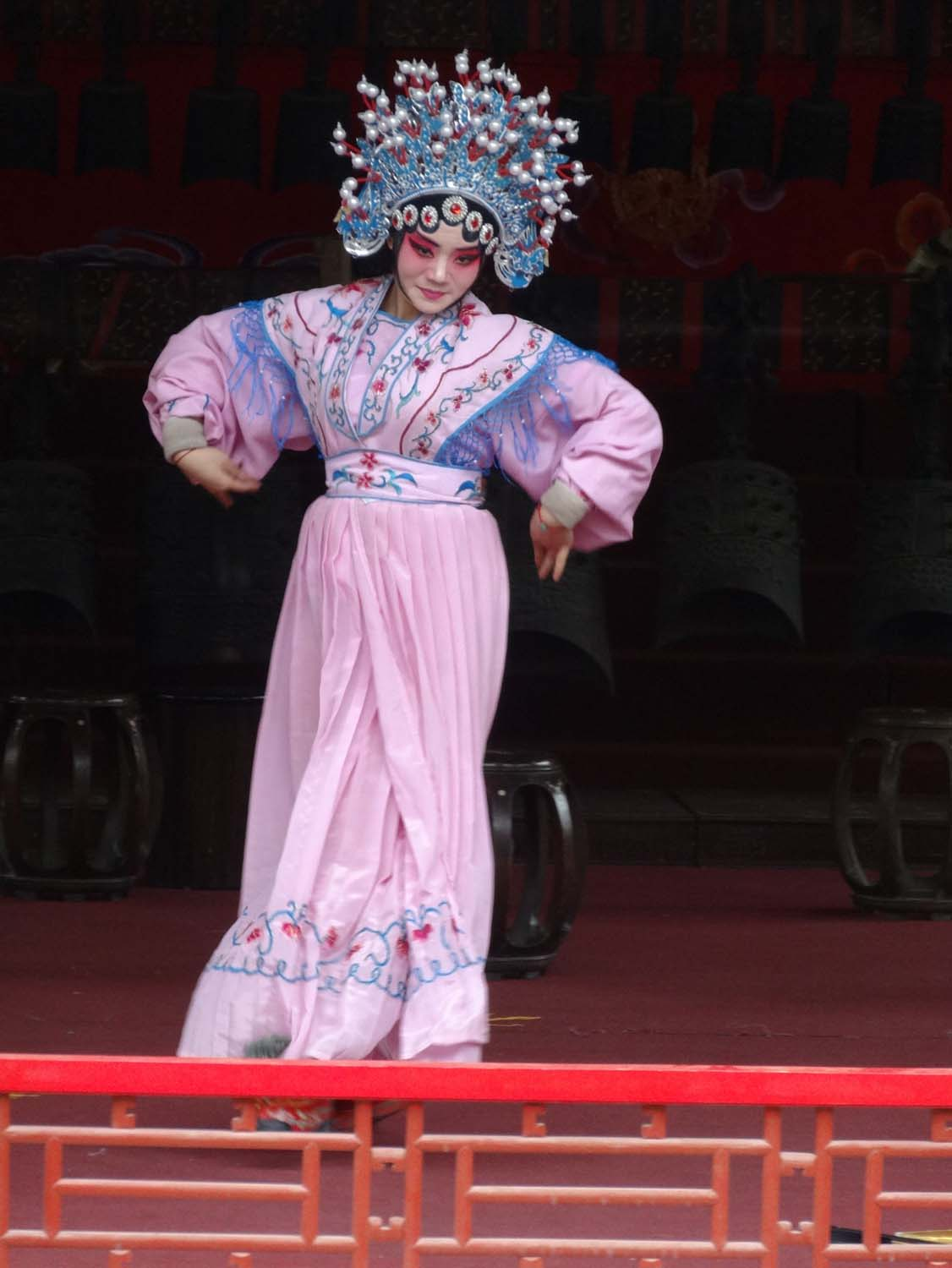 opera singer in the Opera at the Summer Palace