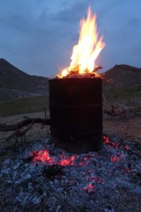 the oil drum cooking method, the fire on top is only for the last few minutes