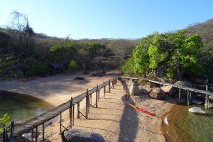 Mumbo Island beach and restaurant set in the trees