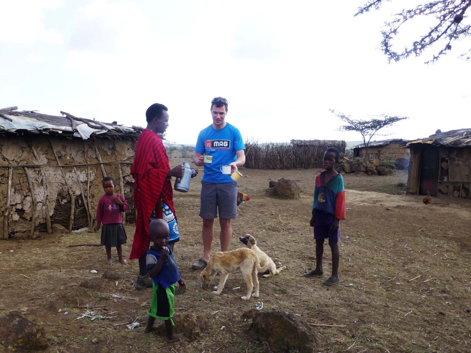 Ruben (our Masaai guide) invites us to his house for a cuppa tea