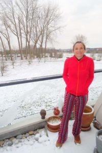Jude in the snow in Bergen op Zoom