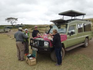 breakfast stop in the Ngorongoro Crater