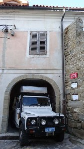 Parking Lara can be a problem as she is so tall with the additional roof top tent and aluminium box. Here she was parked in the old coach house of the parochial house in Piran (Slovenia) as we were visiting friends living there.