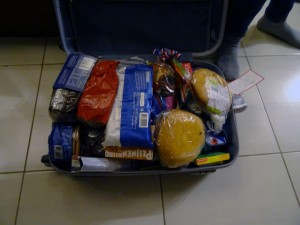 and they bring a whole suitcase full of Dutch goodies :-)