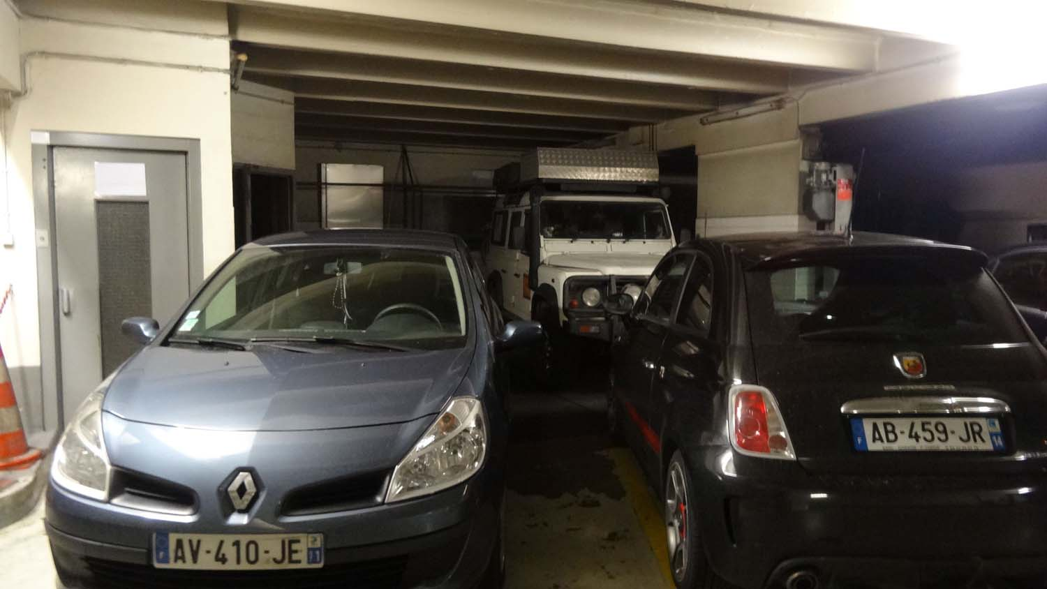 we find an underground carpark in Paris where she just fits!