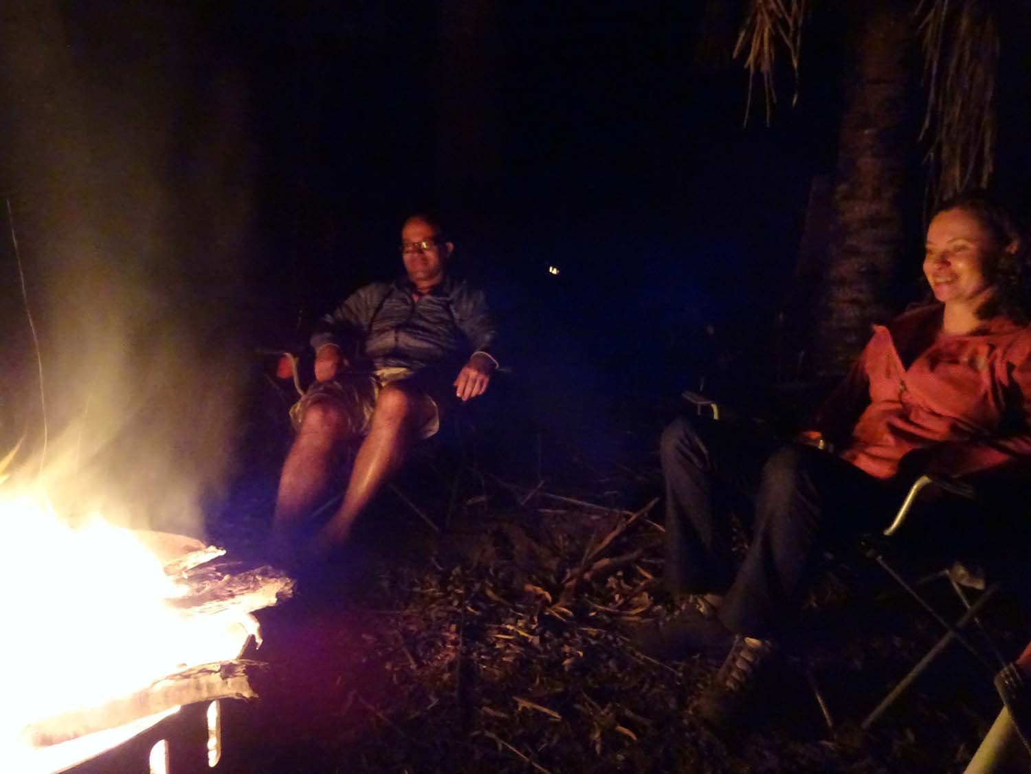 Our first night on the road is spent with Jan and Jeanet in Eurimbula NP