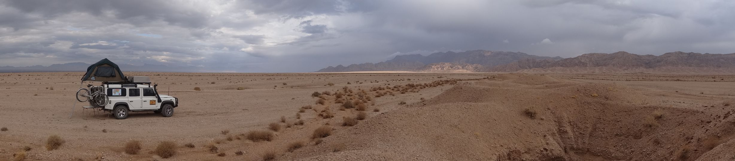 another beautiful campsite, next to the qanats in the desert
