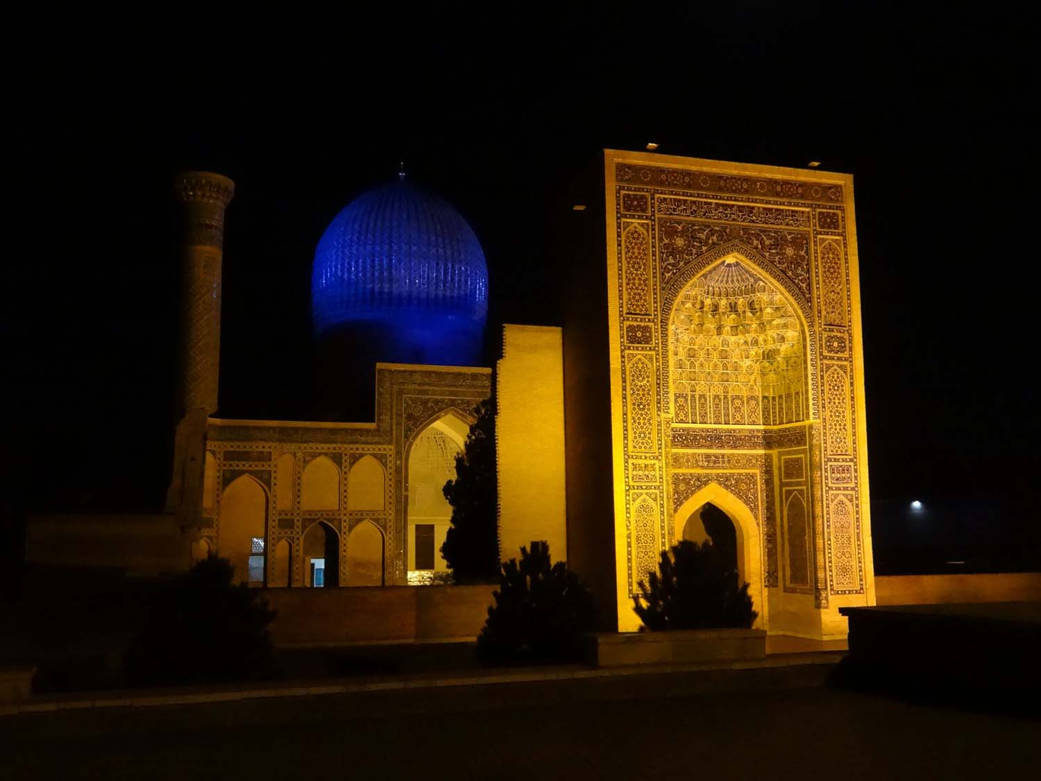 Gur-e-Amir mausoleum at night, straight out of 1001 Arabian nights