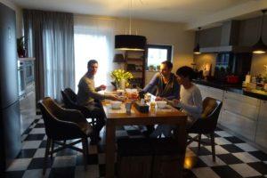 Jon, Alex and Haroz having breakfast in Den Haag