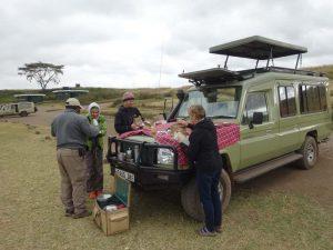 breakfast stop in the Ngorongoro Crater