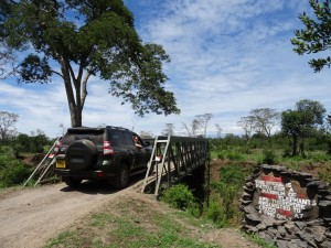 NOTICE - this bridge is rated for a maximum of 11 tons, elephants are therefore requested to cross two at a time only!!!