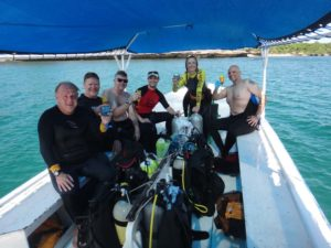 Alan (our victim), Kevin, Ryan, Jon, Jude and Cor (instructor and victim) after completing the Rescue Diver course