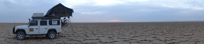 Namak salt lake - nothing on the horizon when we wake up on the Namak salt lake