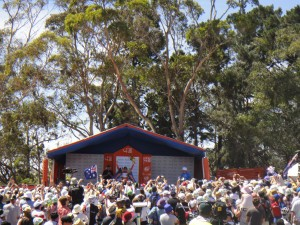 Simon Gerrans takes the lead in the TDU 2012